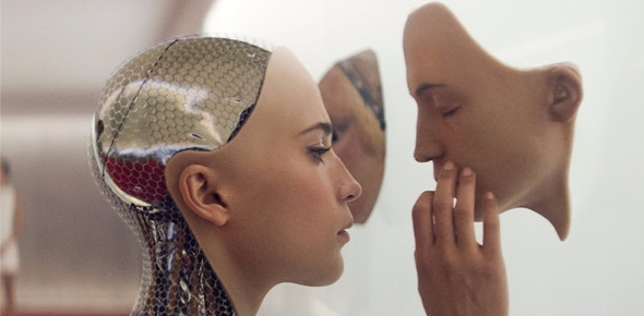Roboty do roboty, pre zábavu, aj do hrobu